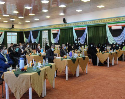 نشست هم اندیشی معاونین و مربیان پرورشی مدارس امام حسین (ع) به مناسبت هفته امور تربیتی